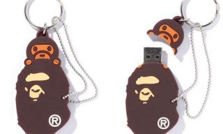 "A Bathing Ape ""Bape Head & Milo"" USB Stick"