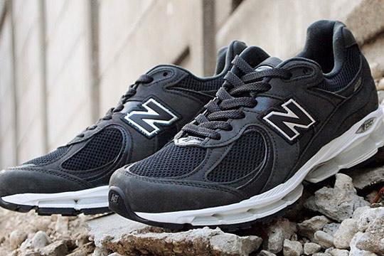 new balance 2002 black
