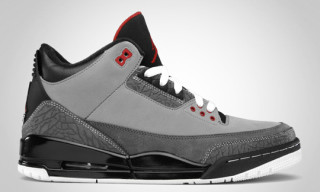 Air Jordan 3 Retro Stealth/Varsity Red Release