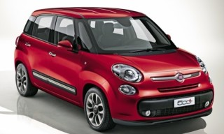 Fiat 500L and Catrinel Menghia Commercial
