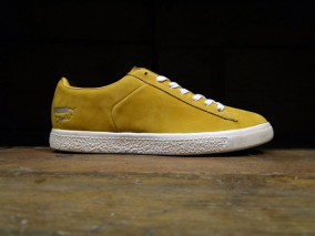 best service 73d2f e2a96 Puma x Undefeated Clyde Stripe-Off 3M Pack Spring 2012 ...