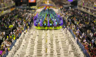 Video: The City of Samba – Tilt Shift of the Rio de Janeiro Carnaval