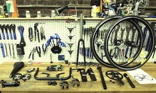 Video: 718 Cyclery – The Inverted Bike Shop