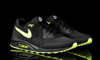 Nike Air Max Light Black/Volt