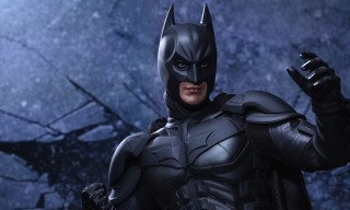 Batman 1/4th Scale Figure by Hot Toys