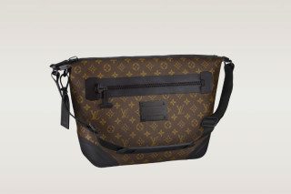 Louis Vuitton Waterproof Monogram Messenger Bag