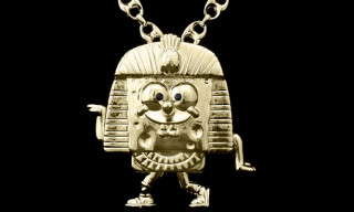 Take a Look at Jeremy Scott's Custom 24K Gold Sponge Bob Pharaoh Necklace