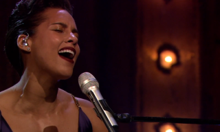 Alicia Keys Performs on 'Late Night with Jimmy Fallon'