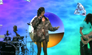 Rihanna Performs on 'Saturday Night Live'