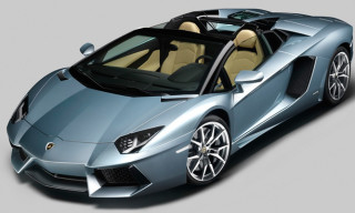 Lamborghini Aventador LP700-4 Roadster Officially Revealed