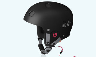 Receptor BUG Communication Helmet with Built-In Beats by Dre Headphones
