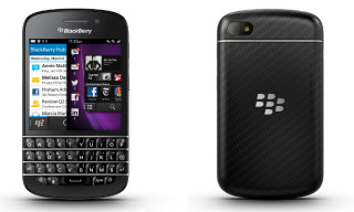 BlackBerry Pleases QWERTY Fans with the BlackBerry Q10