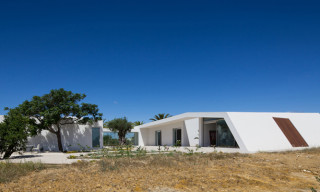 House in Tavira/Portugal by Vitor Vilhena Architects