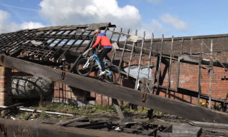 Amazing Mountain Bike Video: Chris Akrigg – Through the Mill