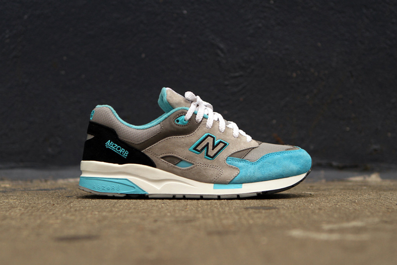 new balance 1600 light blue