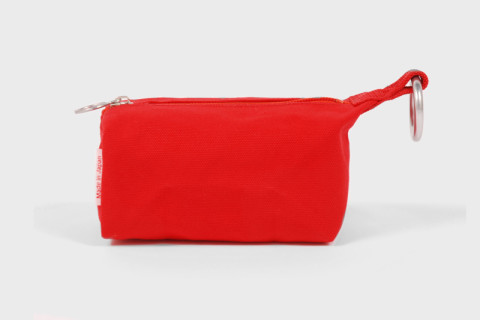 Buyers guide a fine selection of mens wash bags highsnobiety ease yourself into the wash bag game slowly with this red canvas bag from bag n noun its heavy duty metal details keep it functional as well as stylish solutioingenieria Gallery