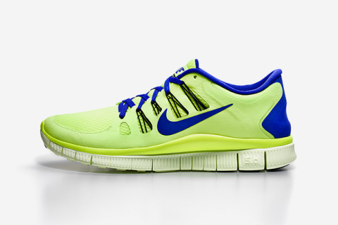 The Nike Free sneaker family gets another nice upgrade this season. The Free  5.0 receives the Flywire treatment on the upper, adding further stability  to ...