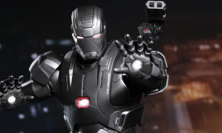 Hot Toys Iron Man 3 War Machine Mark II 1/6 Scale Limited Edition Collectible Figure
