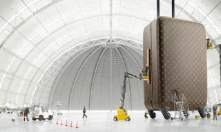 TR4 – The New Louis Vuitton Four-Wheeled Suitcase