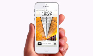 This iOS 7 Concept by Rafael Justino features Fully Customizable Lock Screens