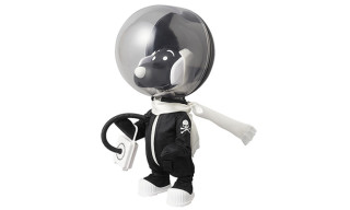 Medicom x mastermind JAPAN VCD Snoopy Astronaut Toy