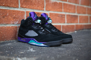 Jordan 5 Black Grape