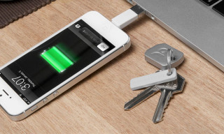 Kii: A Lightning Charging Cable That Fits on Your Keychain