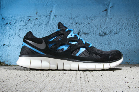 nike free run 2 black blue