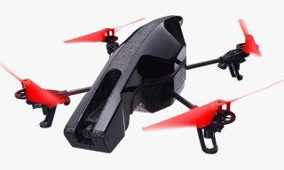 Fly Parrot's AR.Drone 2.0 Power Edition Quadricopter with Your Smartphone