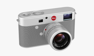 Jony Ive and Marc Newson Design a Leica M for (RED)