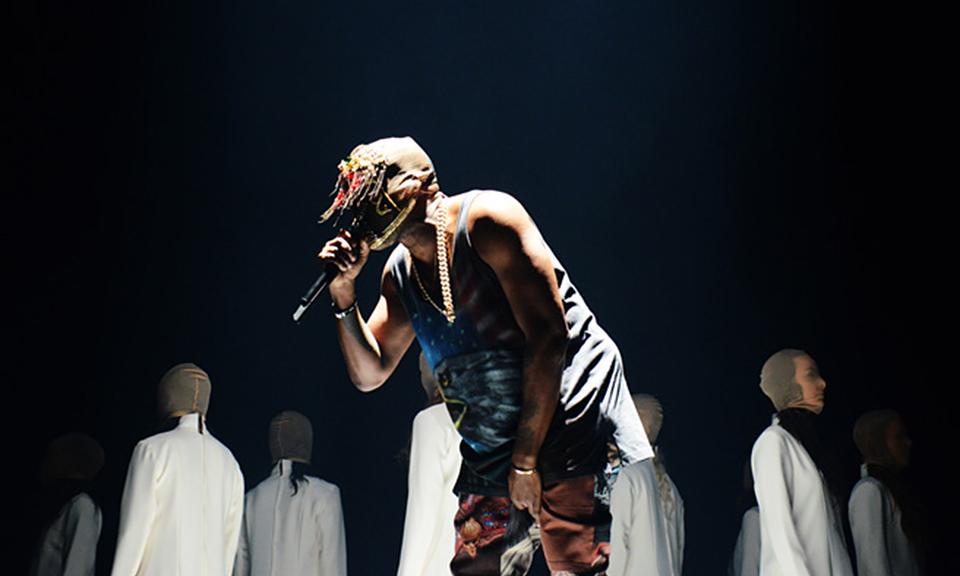 Tommy Ton Shoots Kanye West's 'Yeezus' Tour at Barclays ... Kanye West Yeezus Concert