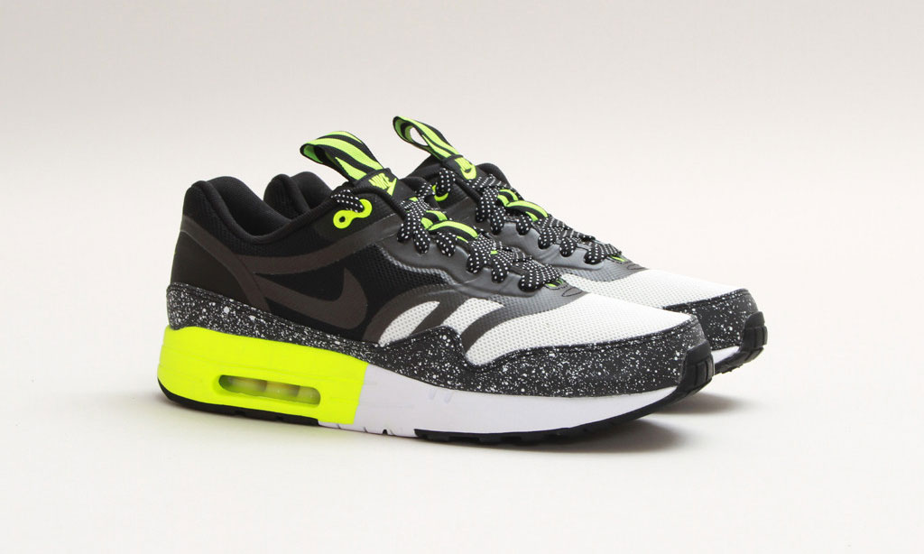 Nike Air Max 1 PRM Tape Volt