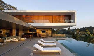 PV House by Sérgio Sampaio Arquitetura