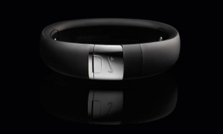 Nike+ FuelBand SE METALUXE Silver Edition