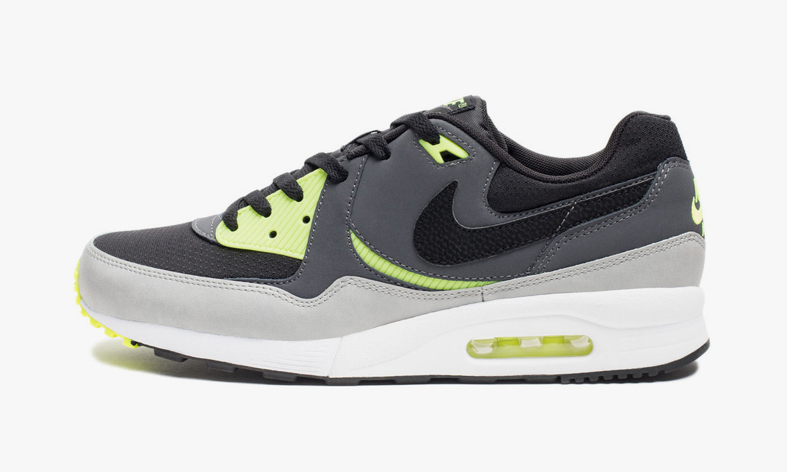 sports shoes 8ec66 4dbc2 30%OFF Nike Air Max Light Essential Black Dark GreyVolt Highsnobiety