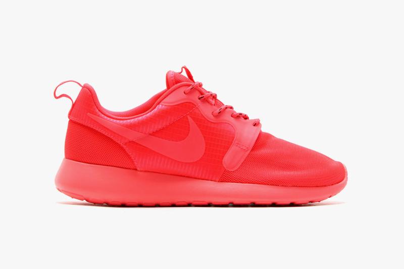 womens nike roshe run hyp pink red