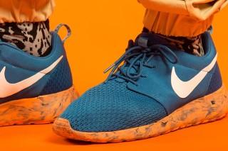 Nike Roshe Courir Semelles Oranges