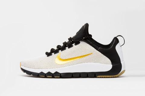 Nike Free Trainer 5.0 V5 Fleurs En Noir Et Blanc