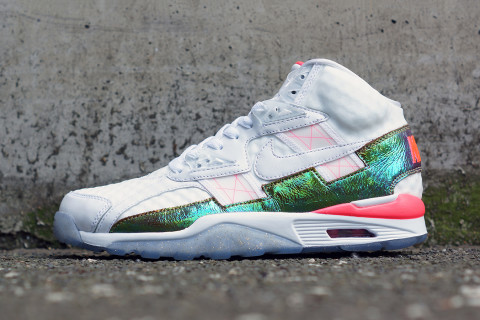 """On the heels of the Nike Air Force 1 Low CMFT PRM """"Hyper Punch,"""" the  sportswear giant is releasing a similar colorway for its Air Trainer SC  High Premium ..."""