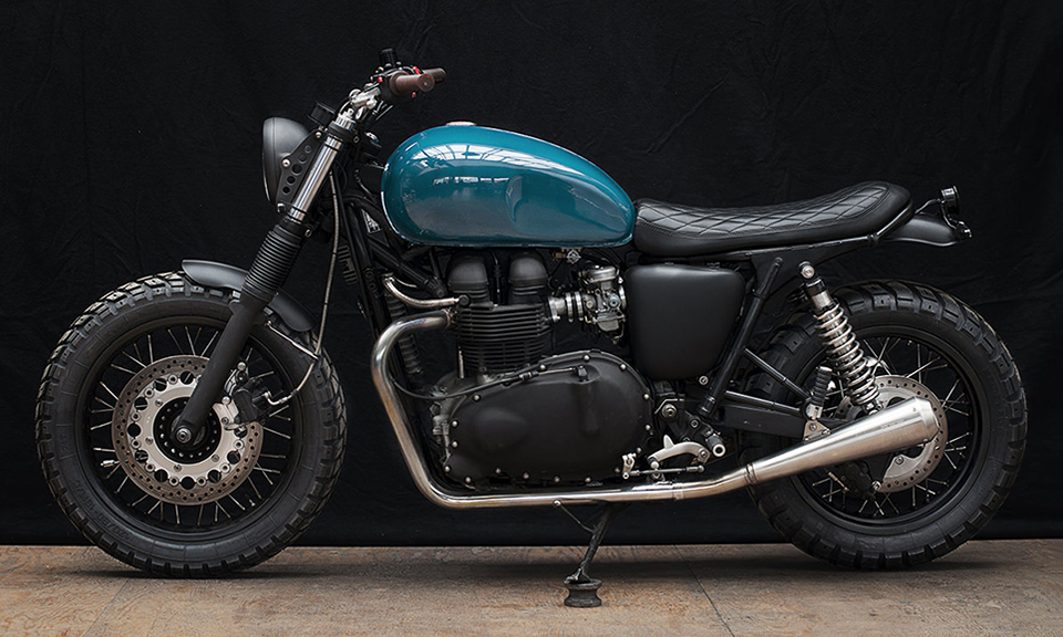 triumph thruxton 900 by wrenchmonkees highsnobiety. Black Bedroom Furniture Sets. Home Design Ideas