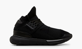 "Y-3 Qasa ""All-Black"" Available for Pre-Order at Sneakerboy.com"