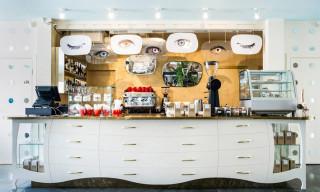 Café DALI by Annvil