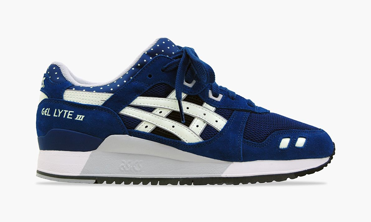 asics gel lyte 3 glow in the dark highsnobiety. Black Bedroom Furniture Sets. Home Design Ideas