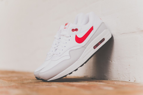 4c10267e9 ... best price plus free shipping nike air max 1 white university red 6a43e  8151d