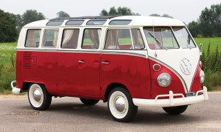 1965 Volkswagen 21-Window Deluxe Micro Bus