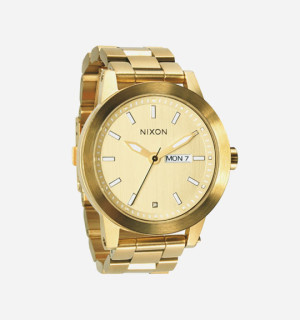 Buyer S Guide 12 Swim Proof Watches Highsnobiety