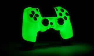 "ColorWare x Sony DualShock 4 ""Glow"" Controller"