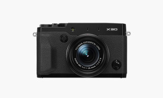 Fujifilm Launches X30 Compact Camera