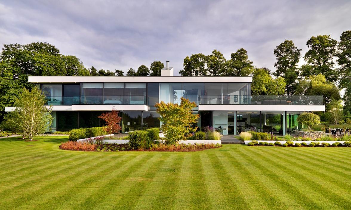 Gregory Phillips Architects Creates Modern Garden Oasis ...