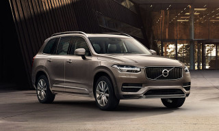 Volvo Unveils XC90